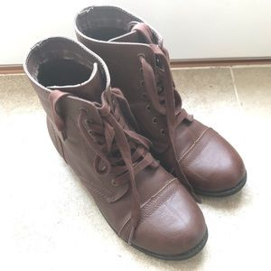 Rampage Brown Combat Boots, size 9